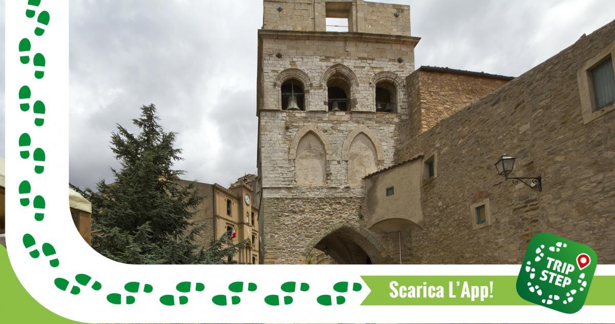 Gangi chiesa Madre e torre Ventimiglia foto di: trolvag via Wikimedia Commons