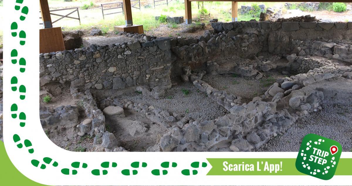 Parco archeologico di Naxos resti di capanne pre ellenistiche