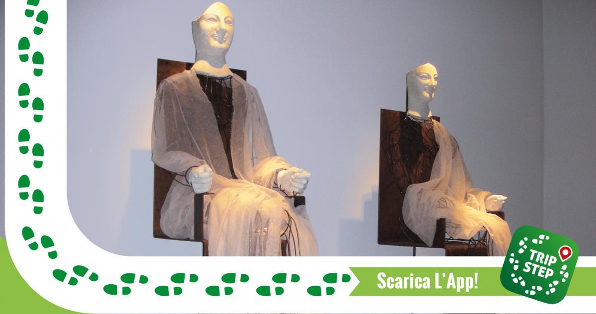 Museo Archeologico di Aidone Acroliti delle dee Demetra e Kore foto di Morgantia07 via Wikimedia Commons