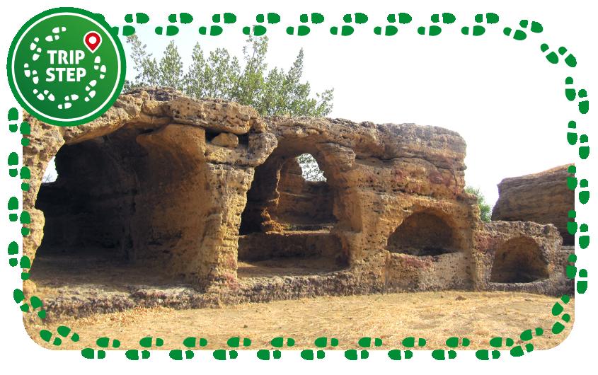 Agrigento Valle dei templ sepolture bizantine by Palickap via Wikimedia Commons
