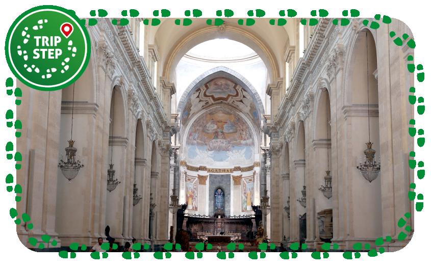 Catania Duomo navata foto di: Luca Aless via Wikimedia Commons