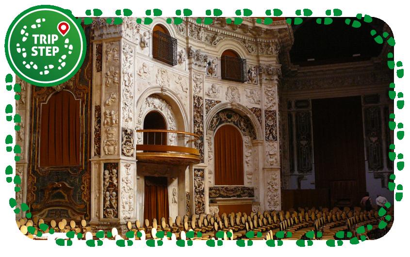 Chiesa del Santissimo Salvatore interno foto di Pedrassani via Wikimedia Commons
