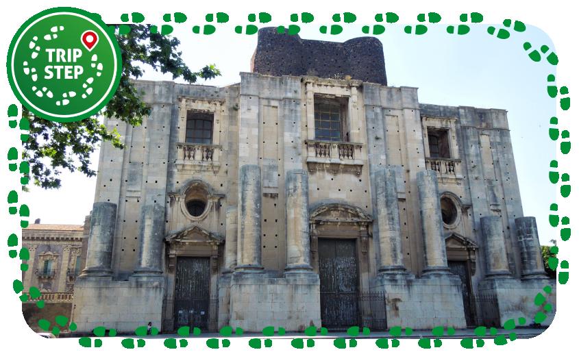 Chiesa di San Nicolò all' Arena facciata foto di Cosal via Wikimedia Commons