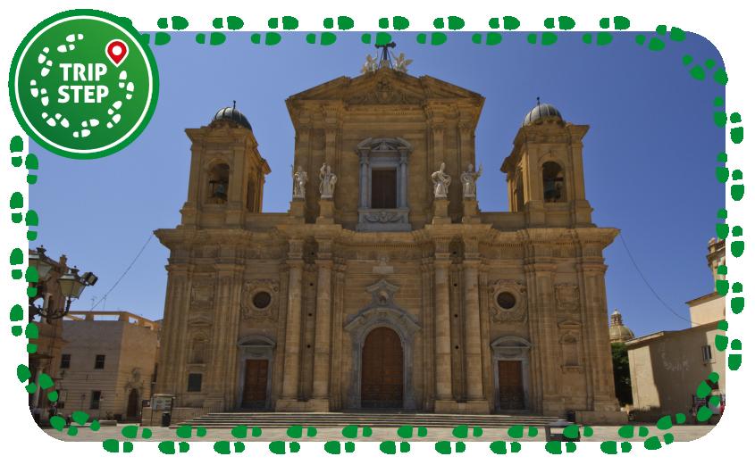 Duomo di Marsala facciata foto di trolvag via Wikimedia Commons