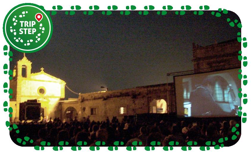 Marzamemi Festival del cinema di Frontiera foto di Davide Mauro via Wikimedia Commons