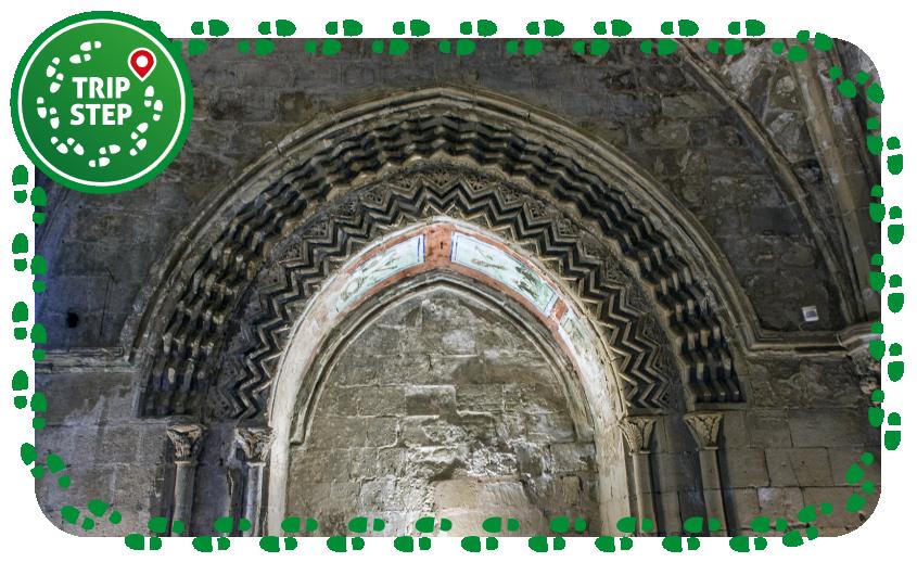 Monastero di Santo Spirito arco chiaramontano foto di: Davide Mauro via Wikimedia Commons