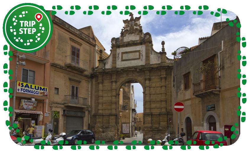 Porta Palermo foto di trolvag via Wikimedia Commons