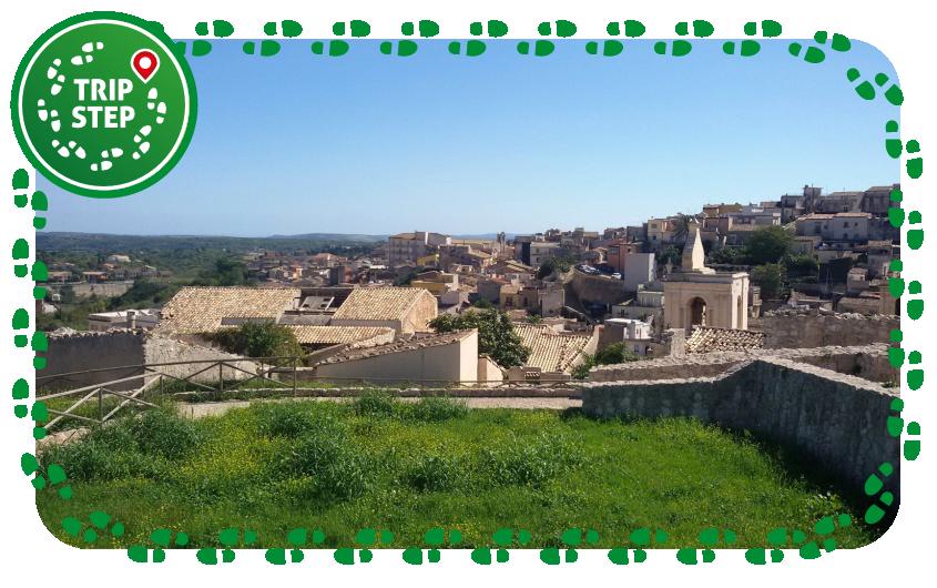 Ruderi del castello e vista sul paese di Palazzolo Acreide foto di: Vincenzo C. via Tripadvisor