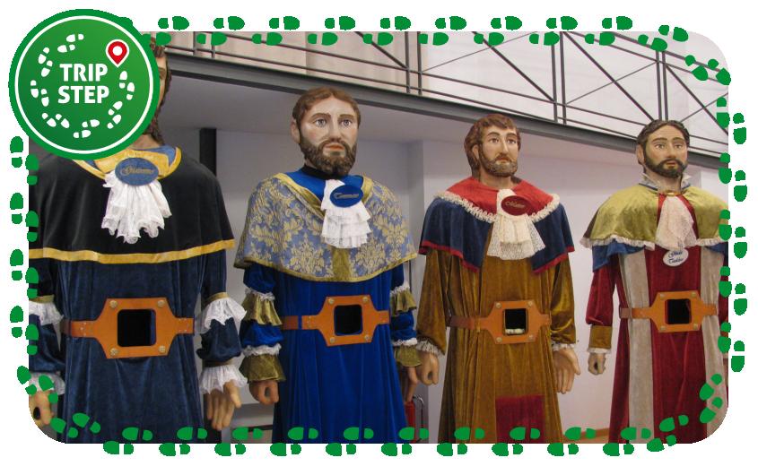 Sanpaoloni: apostoli Giacomo, Tommaso, Matteo e Giuda Taddeo foto d Crilat via Wikimedia Commons