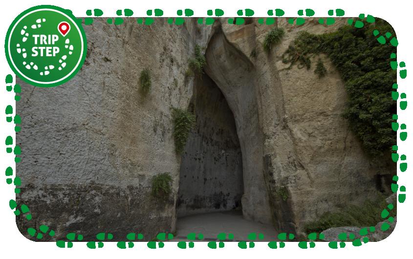 Siracusa Parco Archeologico della Neapolis orecchio di Dionisio foto di: trolvag via Wikimedia Commons