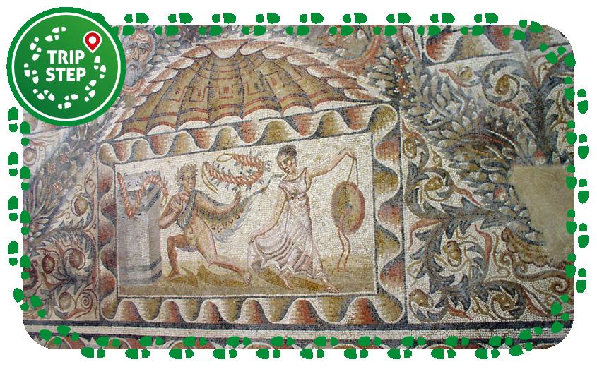 """Villa del Tellaro particolare del """"mosaico dei Satiri e delle Menadi"""" foto di Gmelfi via Wikimedia-Commons"""