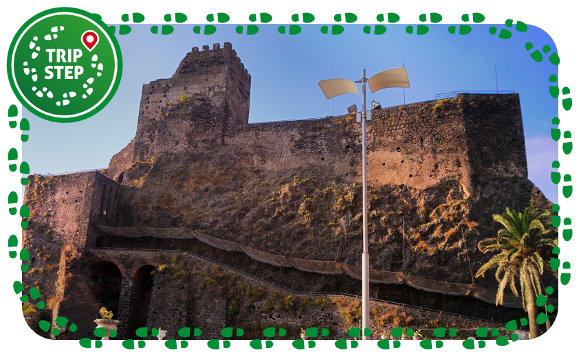 Aci Castello Veduta del Castello di Aci foto di: gnuckx  via Wikimedia Commons